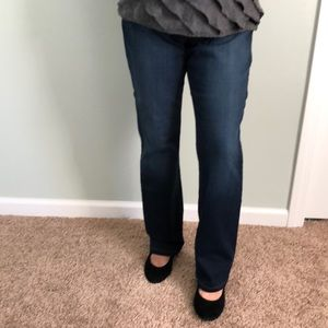 Gloria Vanderbilt dark wash jeans.